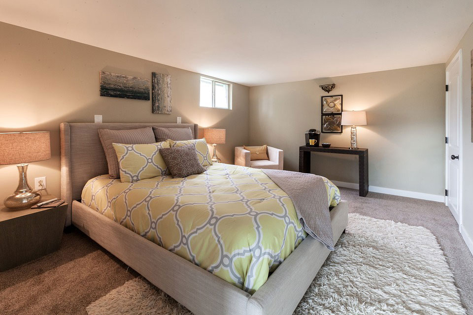 Rental Suite Fully furnished bedroom at the basement for rent